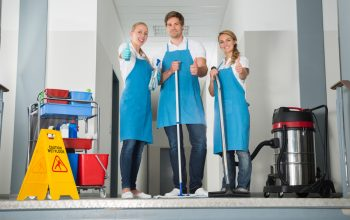 Have Trouble Keeping Your Business Clean? You Could Need Daily Cleaning Services